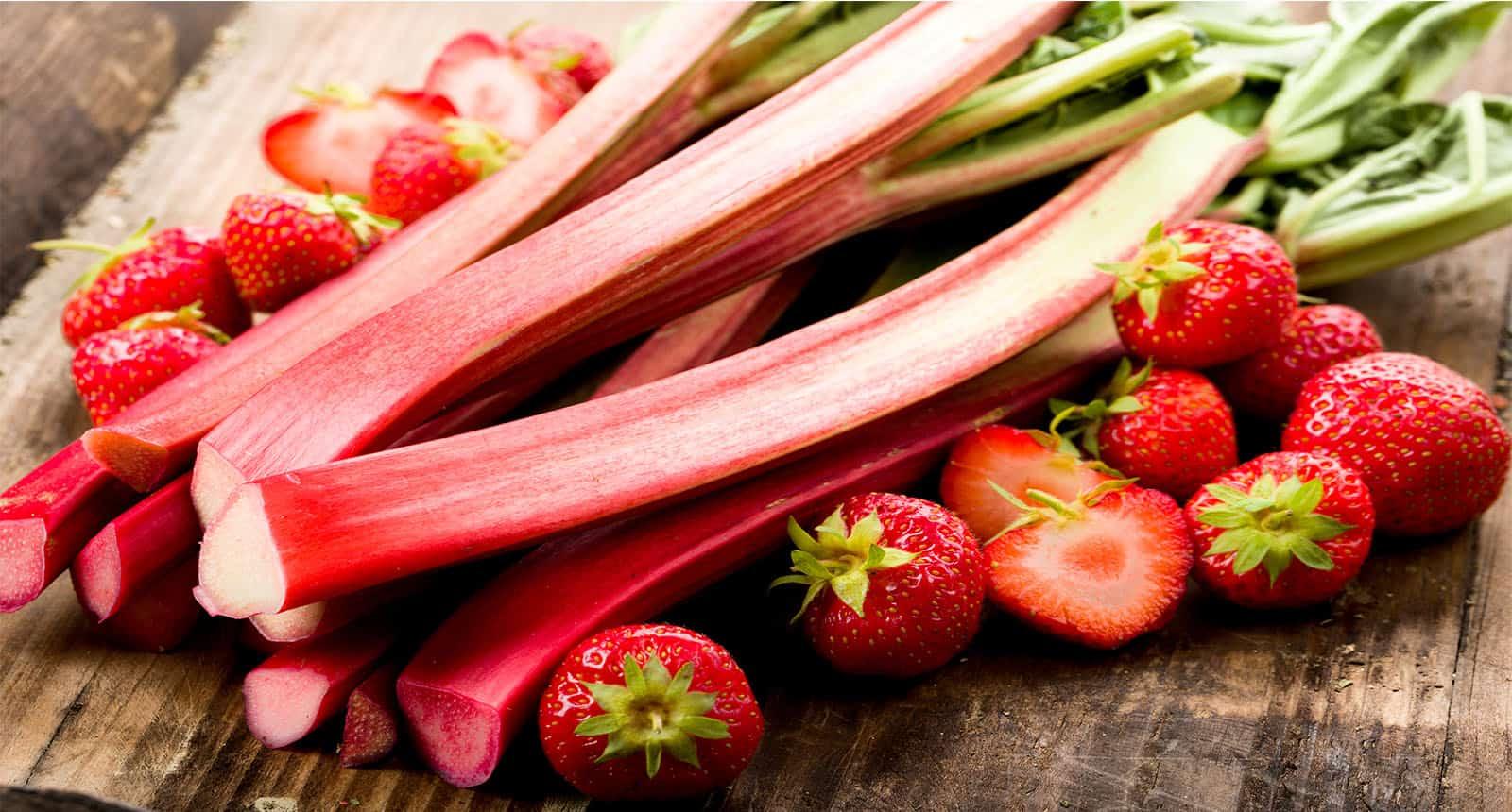 Fresh Rhubarb Strawberries